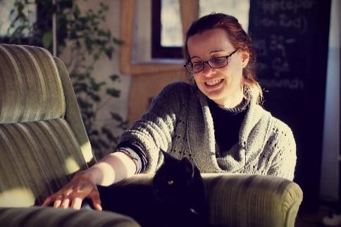 Kati (30) engagiert sich bei Serlo ehrenamtlich als Autorin und Redakteurin im Nachhaltigkeitsbereich.