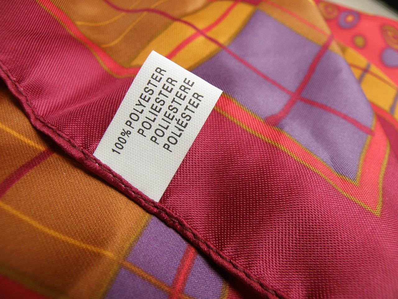 Tuch aus Polyester