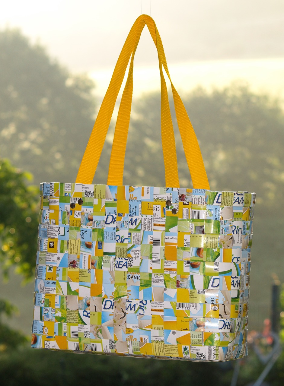 Tetrapack-Handtasche