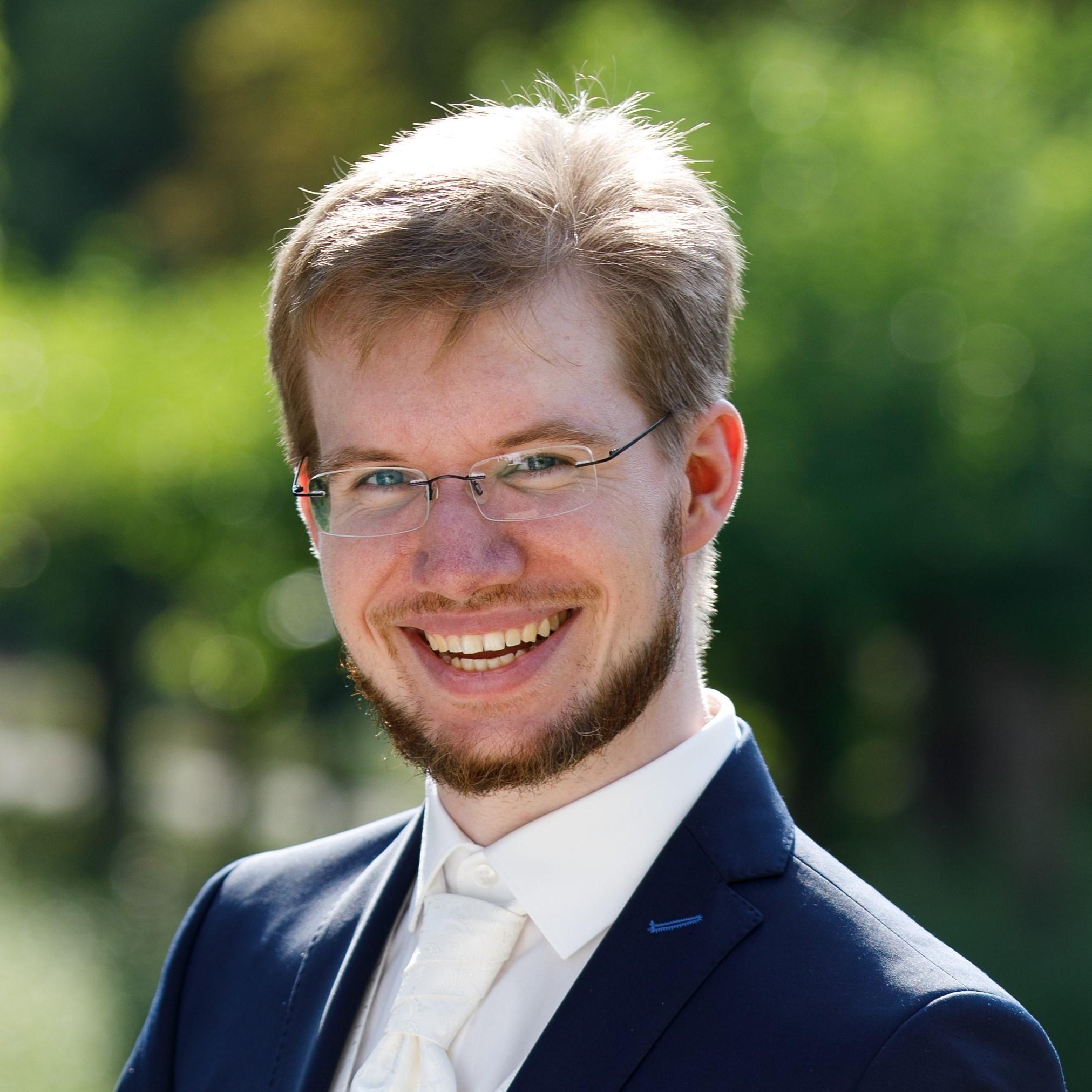 Adrian Bischoff