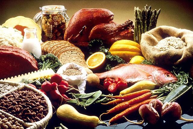 Auch Nahrungsmittel sind eine wichtige Gruppe von Stoffen